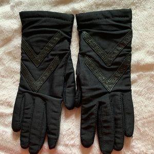 ISOTONER Warm UPS Hand Gloves